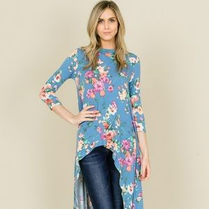 ⭐️Brand New⭐️Floral High Low Tunic Top